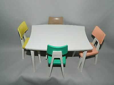 Deluxe Reading Barbie Dream Kitchen Table And Chairs