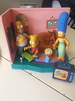 Simpsons World Of Springfield Interactive Living Room With Playmate Figures