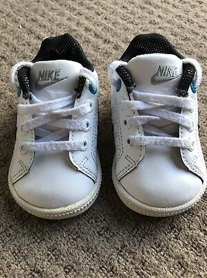 Baby Boys White Nike Trainers Size 3