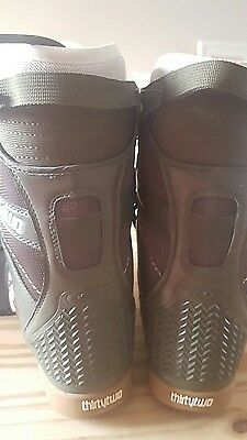 ThirtyTwo Ladies snowboard boots size 7