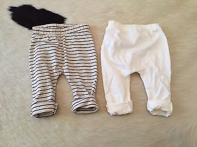 OLD NAVY Baby Boy/Girl Pants Size 3-6m
