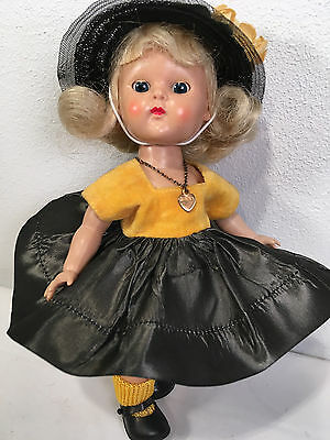 Vintage PLW GINNY in '54's My First Corsage ~ Black and Gold