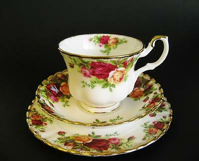 "Beautiful vintage bone china ROYAL ALBERT ""Old Country Roses"" trio. High tea"