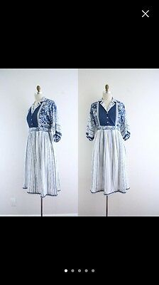 Vintage Dress - Blue & White - 70's - Floral - Small