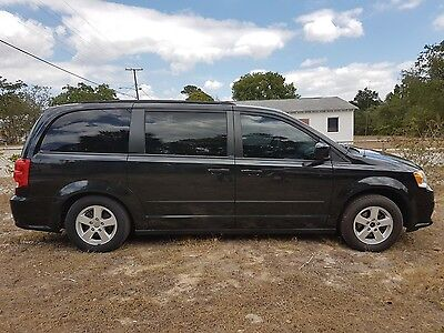 2012 Dodge Grand Caravan SXT Dodge Grand Caravan SXT in Great condition, well maintained, tons of feautres
