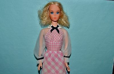 Vintage Barbie - 1973 Quick Curl Barbie in Original Dress