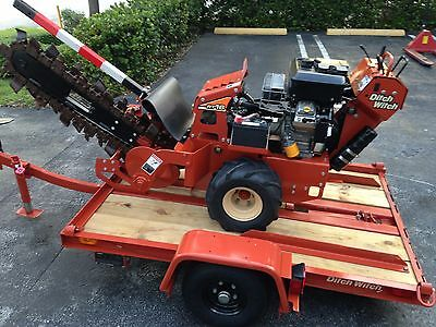 DITCH WITCH RT 16 Hydraulic Walk Behind Trencher RT16 VANGUARD 16hp w/ Trailer