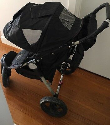 City Elite Baby Jogger With Rain Cover Smoke & Pet Free Home