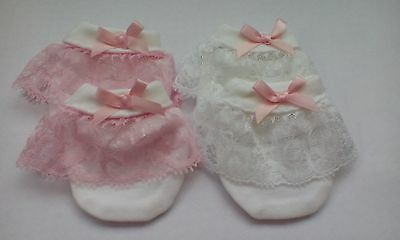 2 pairs of baby girls white scratch mittens with romany lace and   bows  new