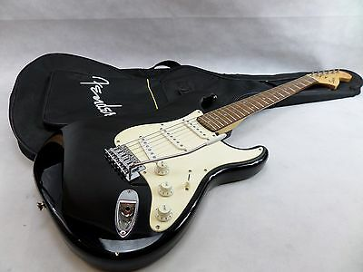 Squier by Fender Strat Affinity Series Stratocaster Electric Guitar Black  .