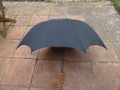 Vintage Gent's Kendall (Fox frame)Umbrella-Black Fabric-wooden handle-nice shape