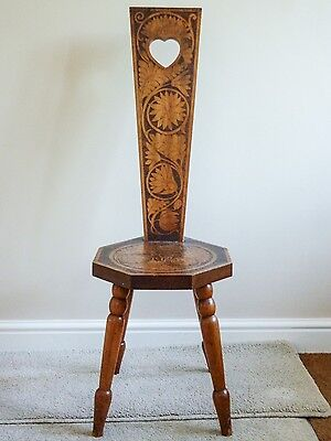 Very pretty 1900's Spinning Chair