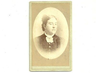 Vintage CDV Photo Woman In Lace Collar Port Perry Ontario Antique Photograph
