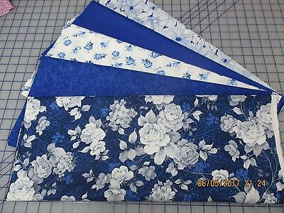 Beautiful Roses Blue & White 2 Color Print 5 Yard Quilt Kit Fabric & Pattern