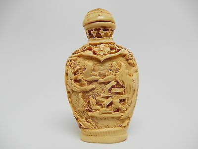 "Fine Old Hand Carved Chinese Snuff Bottle 2 1/2"" H Ivory Colored Topper Spoon"