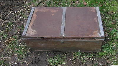 vintage world war 2 ammunition box