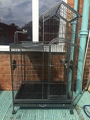 Skyline Parrot Cage
