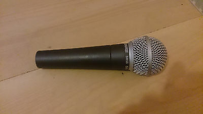 Shure sm58 microphone (ONLY)
