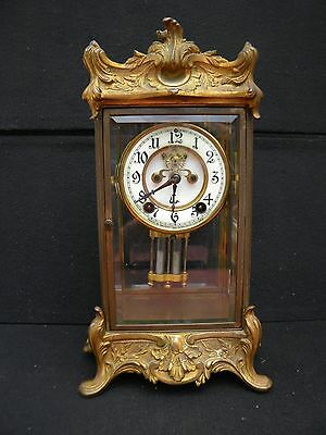 BEAUTIFUL GILT BRASS NEW HAVEN CLOCK Co. PORCELAIN-FACED CHIMING MANTLE CLOCK