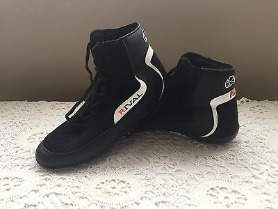New Genuine Rival Mens Boxing Shoes, U.K. Size 10