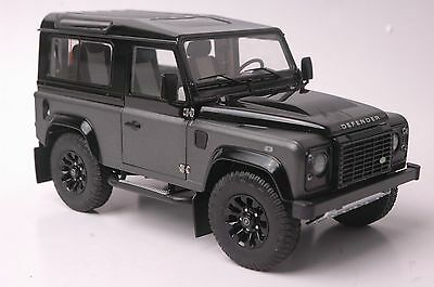 Land Rover Defender 90 Autobiography car model in scale 1:18 gray/black