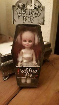 living dead doll lulu mini series 5 #90040