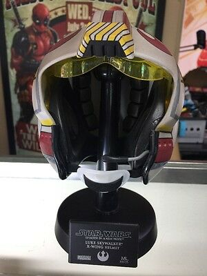 Luke Skywlker X-wing Helmet Scaled Replica Star Wars Exclusive Master Replicas