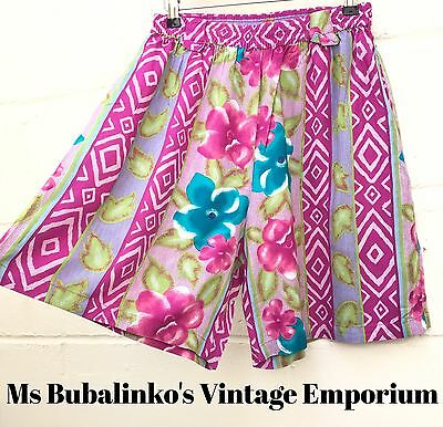 Vintage 90s Pink Crazy Pattern High Waist Wide Leg Culottes Shorts Size 14 16