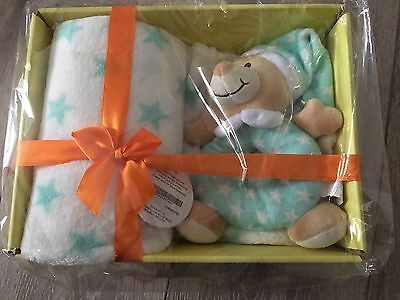New Baby Blanket And Rattle Gift Set