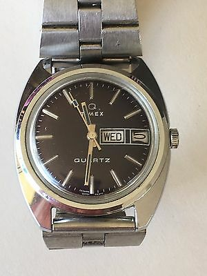 Working Vintage 1977 Men's Silver Timex Q Quartz Watch  BI