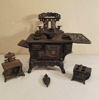 Vintage Crescent/Queen/Other Miniature Toy Cast Iron Stoves Saleman Sample Parts