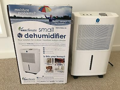 AUSCLIMATE DEHUMIDIFIER WDH-210HA-12L- Excellent Used Condition