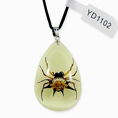 REALBUG Spiny Spider Glow in The Dark Necklace, Small