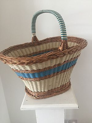 BEAUTIFUL VINTAGE 1950's WICKER Shopping Picnic BASKET - Super Shape