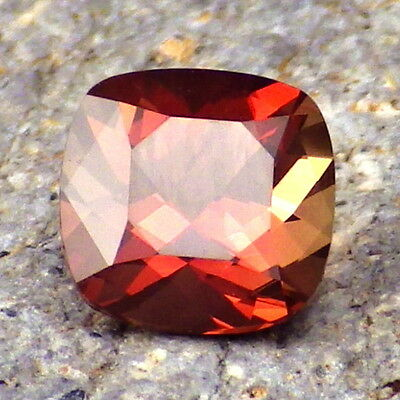 RED-PINK SCHILLER OREGON SUNSTONE 1.55Ct FLAWLESS-FOR BEAUTIFUL JEWELRY!