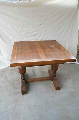 Antique Oak extendable dining table 4 - 6 seater