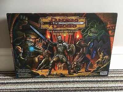 Dungeons & Dragons The Fantasy Adventure Board Game Parker (Complete) 2003