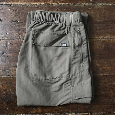 The North Face Mens Convertible Hiking Trousers Pants Medium W32 L32 Olive Green
