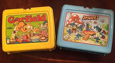 Lot of 2 Vintage 1970's And 80's Lunch Boxes~Smurfs & Garfield.
