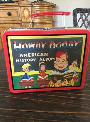 Vintage HOWDY DOODY Tin Lunch Box