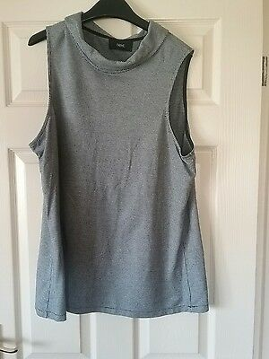 Next Pretty Loose Fit Top Size 22S Black And White