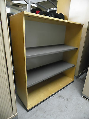 Kinnarps Birch / Grey Metal Office Bookcase Adjustable Shelving 1200mm Width