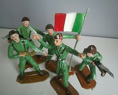 Italy - Armies of the World by Comansi vintage toy soldiers 60' made in Spain