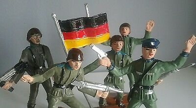 Germany - Armies of the World by Comansi vintage toy soldiers 60' made in Spain