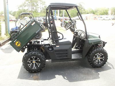 2016 Massimo 4 x 4, 34 Hours, Fuel Injected,  Financing and Warranty