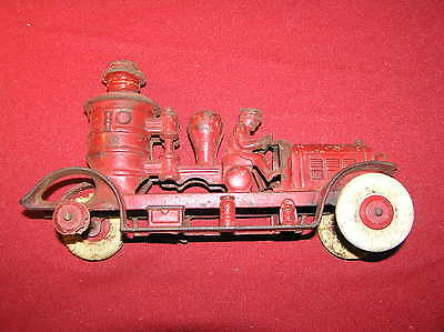 ANTIQUE KENTON CAST IRON 10 1/2 INCH PUMPER 1930's?