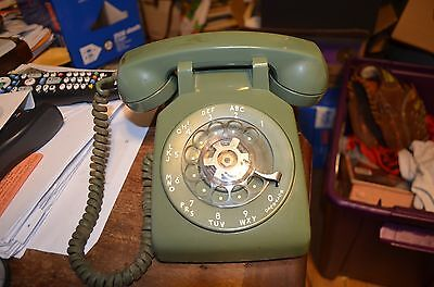 Vintage Western Electric MA Bell System Green Rotary Telephone 500 G3 Desk 1965