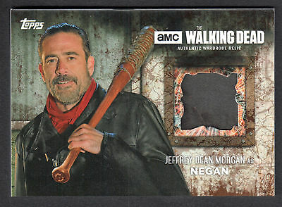 THE WALKING DEAD SEASON 6 Topps 2017 COSTUME RELIC CARD MUD NEGAN PANTS #08/50