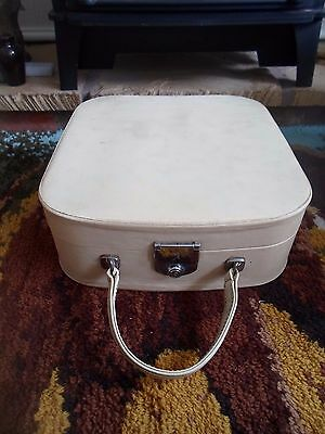 Vintage Cream Revelation 1960s Vanity Case - Display - Stage Prop Retro Wedding