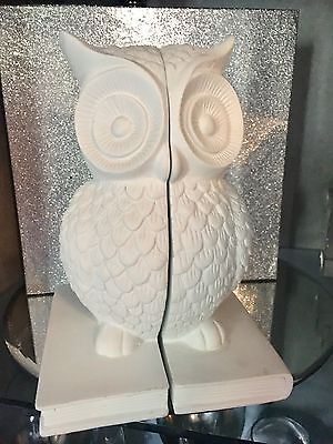 White Ceramic Owl Bookends New Free Post W22-H7.5-D14.5 Cm